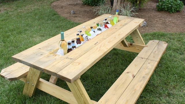 web-0022-how-make-picnic-table-drink-trough (1)