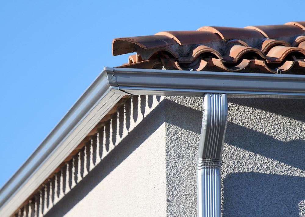 chenaux gouttières aluminium pluie toit