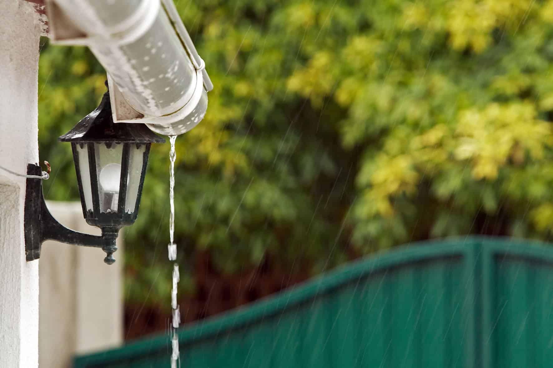 Mit-Regenwasser-Natur-und-Konto-schonen_master_reference